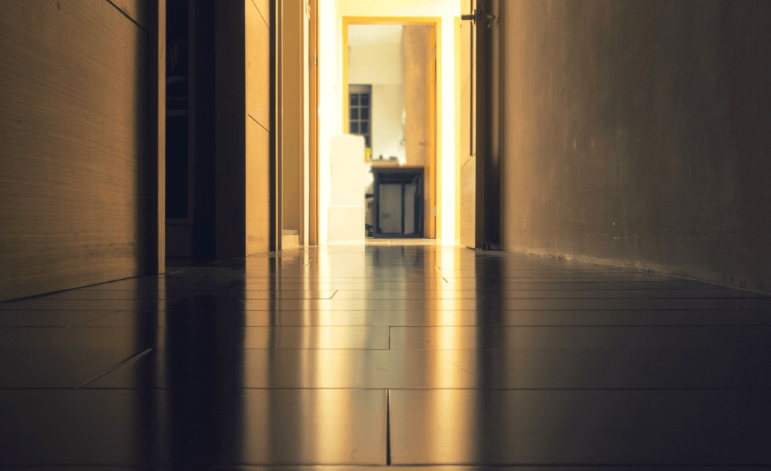 How to Fix Bubbles in Linoleum Flooring